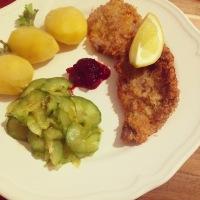 Wiener Schmankerl- Österreichische Knoblauchsuppe und Wiener Schnitzel