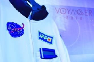 Voyager-2076-Anzug-2